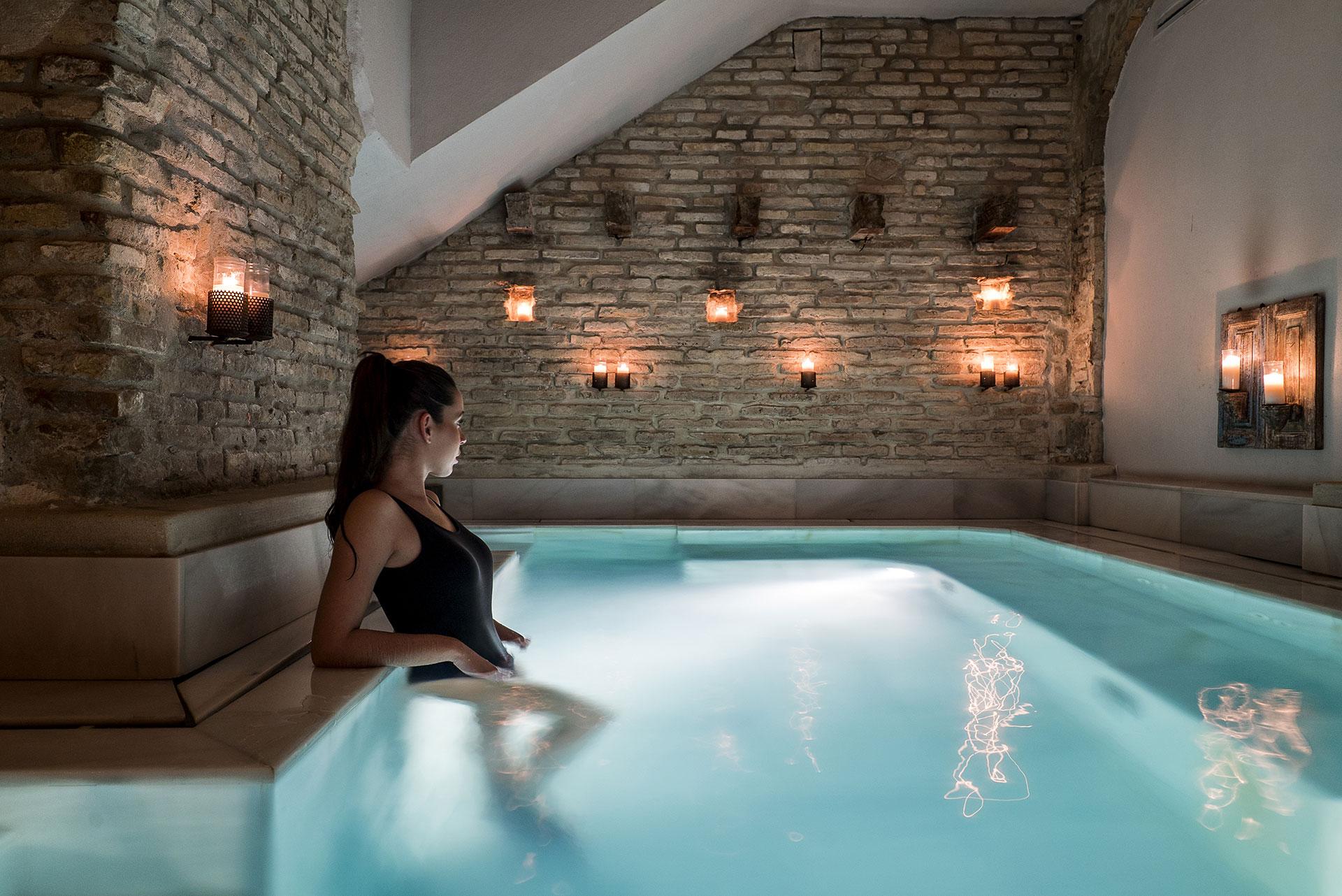 Ancient Baths Seville Aire Ancient Baths Seville